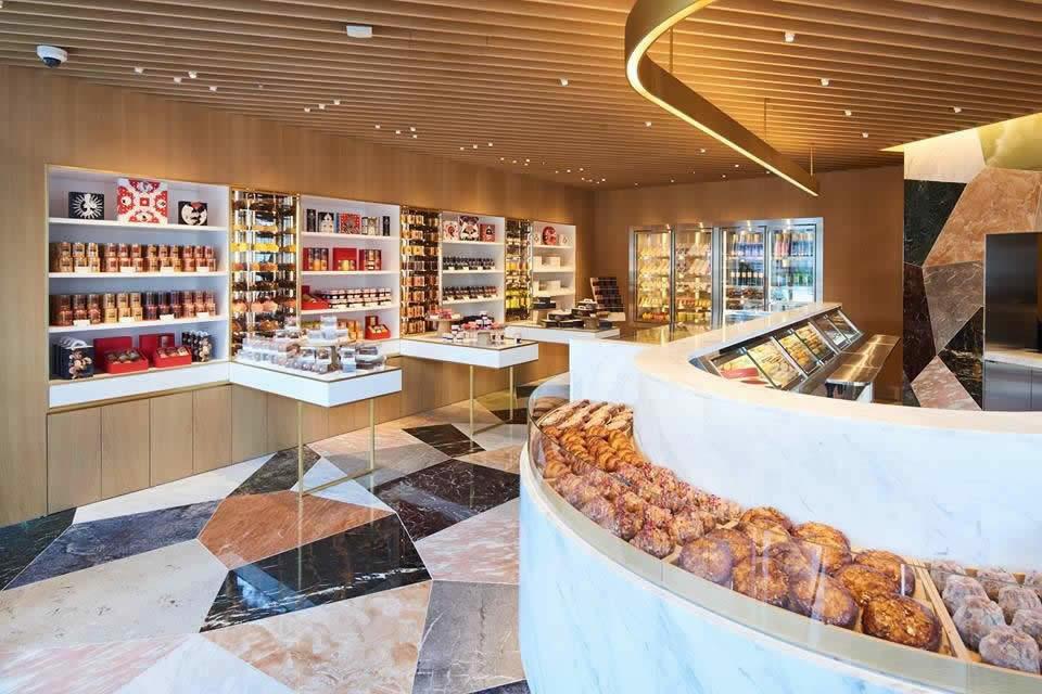 Pierre Herm  Boutique de macarons et chocolats  Paris dans le monde et dans lespace