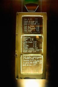 Caf da Garagem in Lisbon: A Chic and Atypical Caf