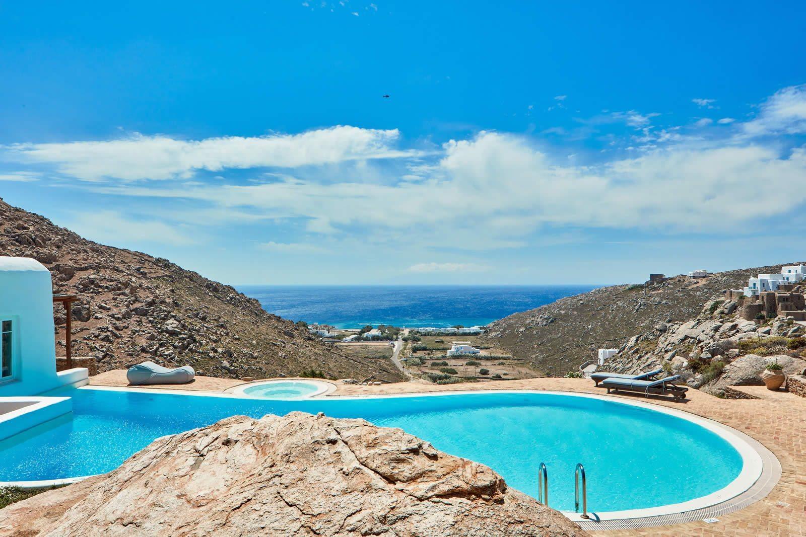 Villa De Luxe Avec Vue Imprenable Sur La Mer Vendre Prs