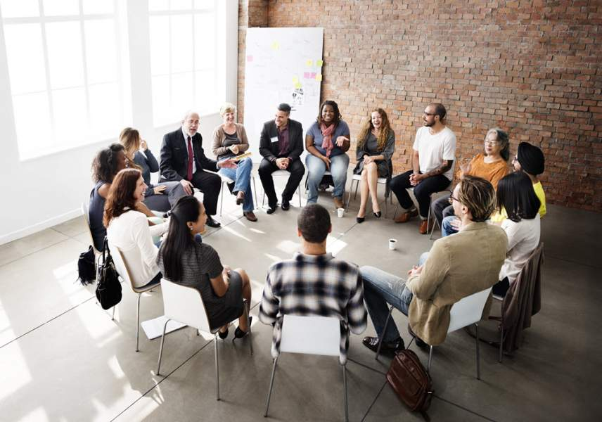 Differences Between A Substance Abuse Counselor and A Social Worker