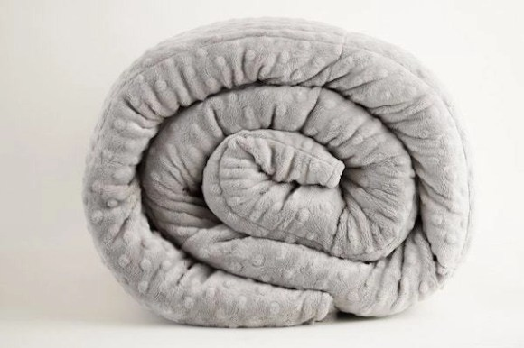 Weighted Blanket Can Help Manage Anxiety, Stress, and Insomnia
