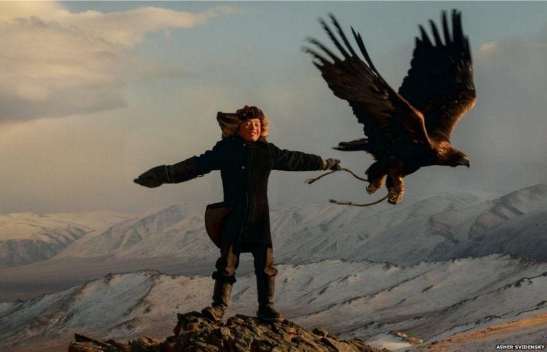 Жил-был мальчик, которому казалось, что у него есть крылья