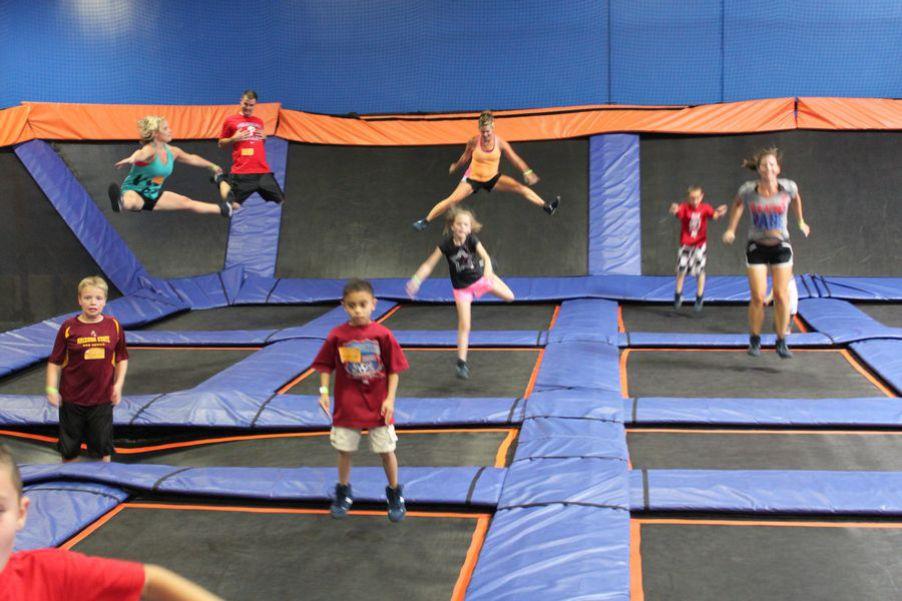 Открытие батутного парка на условиях франшизы. Отличный способ дать людям повод прыгать от радости.
