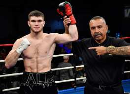 Akhmedov Goes To 13-0 With 1st Round KO Before Huge Crowd