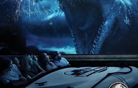 Mosasauraus in Aquarium Observatory Tank-Jurassic World-The Ride at USH ...