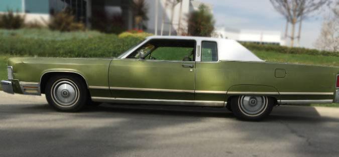 1975 Lincoln Continental Town Coupe – $2950 (LA)