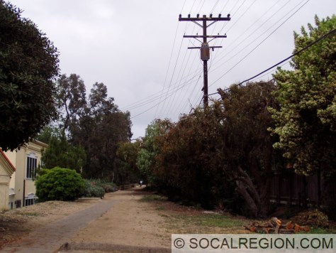 Former Right of Way near the La Jolla-Hermosa Station
