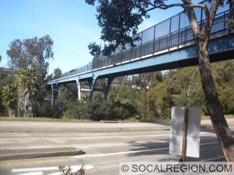 View of the span crossing Washington St.