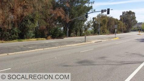 Old raised median on Green River Road.