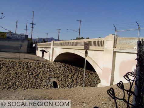 View of both spans of the Pacoima Creek Bridge.