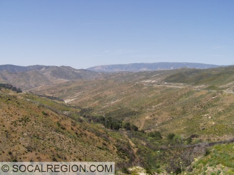 Osito Canyon, a major tributary to Piru Canyon. Interstate 5 runs along the eastern edge of the canyon.