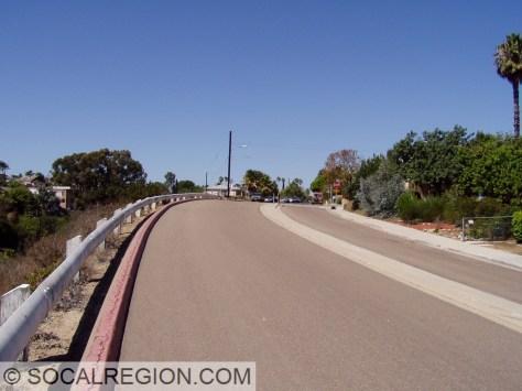 Raised median and railing on the Nile Street Ramp.