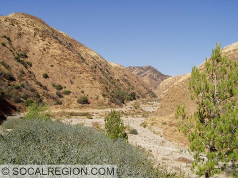Violin Canyon and the Violin Breccia. The San Gabriel Fault passes through here as well.