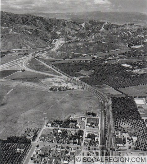 South end of the 1954 Golden State Freeway in Sylmar. Looking north.