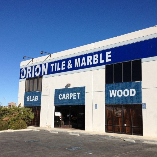Outdoor Business Signs - Affordable Custom Graphics