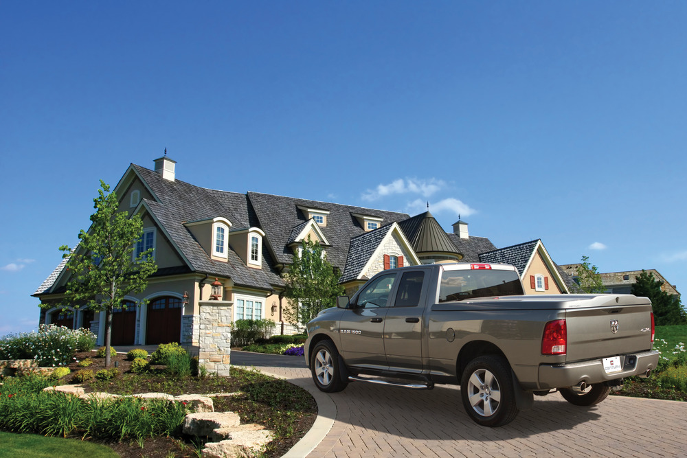 The Century Cargolid has the ability to fully transport all of the families belongings securely.