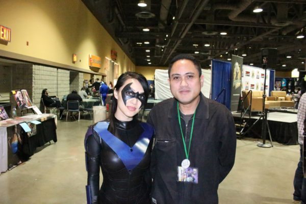 "2013 LBCC: My Sunday photo op with professional cosplayer ""Vampy.Bit.Me"" (as a Female Nightwing)."