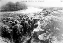 "German Trenches on the Aisne during the First World War. The photograph is undated. The men are not wearing helmets so this is early in the war, possibly 1914 or 1915. Source: Library of Congress. Author: Bain News Service (publisher) Permission (Reusing this file) ""No known restrictions on publication"" according to LOC."