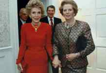 Margaret Thatcher and Nancy Reagan at 10 Downing Street. President Ronald Reagan is behind, in between the two, and Mr. Denis Thatcher is to Mr. Reagan's left. 2 June 1988. Photo: White House photo office, Source: http://www.margaretthatcher.org/multimedia/displaydocument.asp?docid=109673 Public Domain