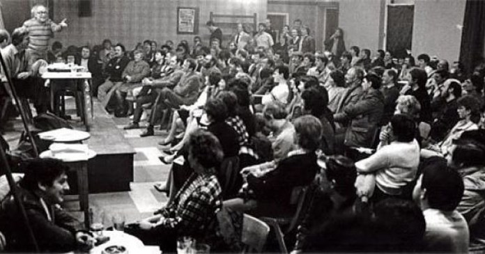 Tony Cliff speaking to striking miners in Bentley, south Yorkshire, in January 1985 Source: https://socialistworker.co.uk/art/24711/Tony+Cliff%3A+a+life+in+the+struggle