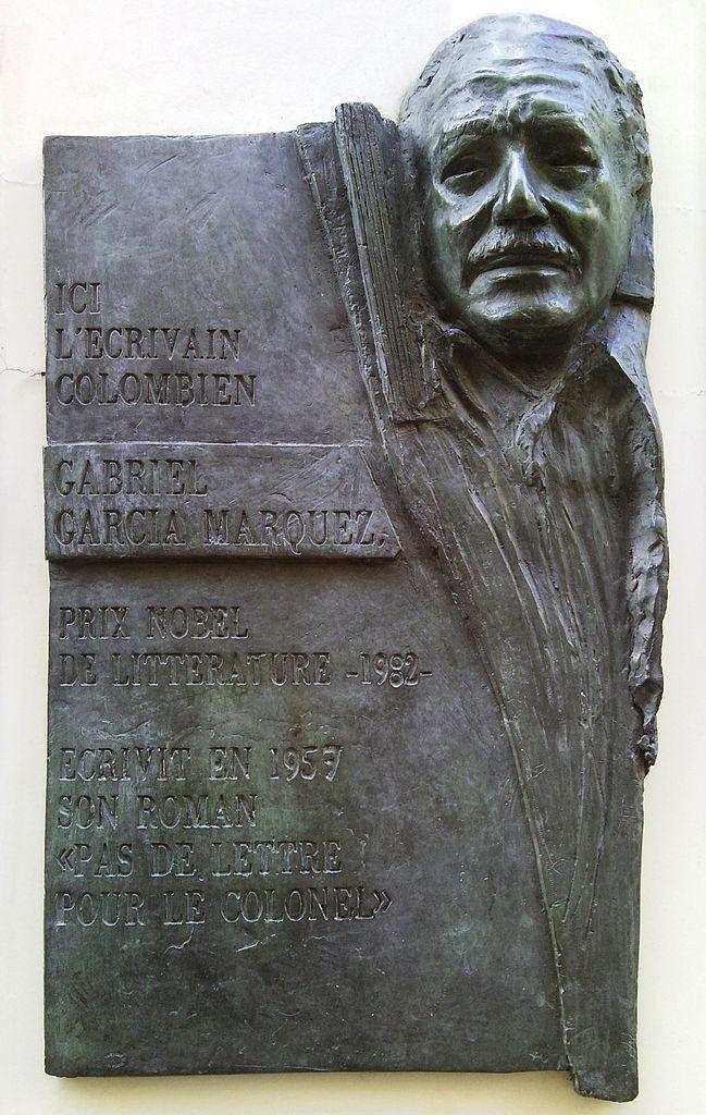 Gabriel García Márquez plaque - Rue Cujas, Paris 5. Date: 18 February 2010 Source: Flickr: Foto360.jpg. Foto: Patrik Tschudin