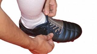 サッカースパイクの靴紐の結び方はこうしよう!