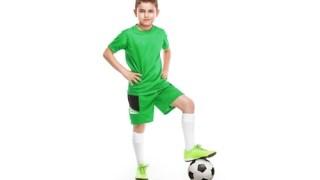 サッカーの選手は小柄でも活躍できるポジションがある!