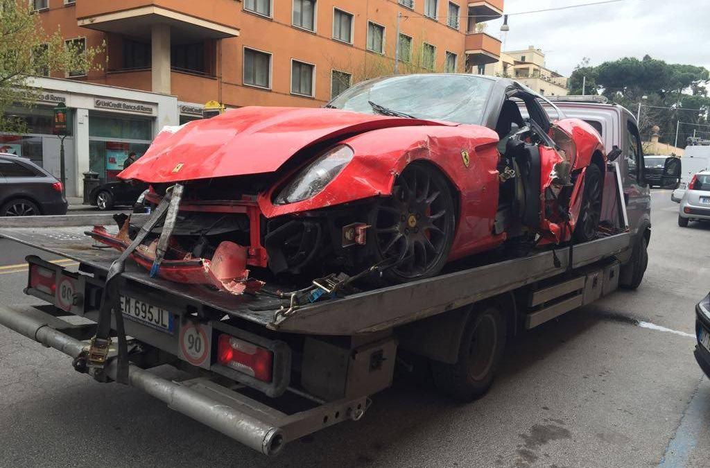 In caso di incidente: chi paga il soccorso stradale?