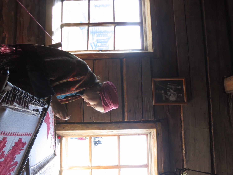 (11) Une brodeuse à Kiji -Schilling