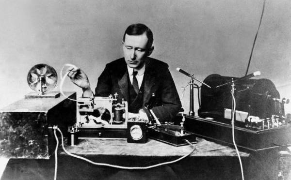 Social Labs on the Radio - image of Marconi sending first transmission