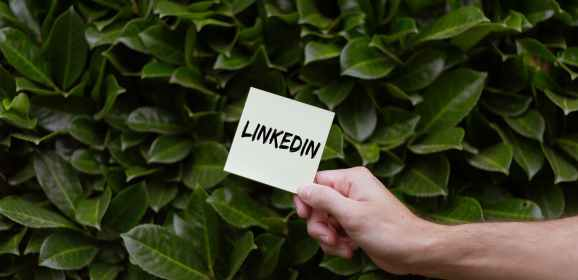 LinkedIn releases new guide on using organic and paid strategies