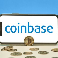Coinbase Enables Users to Deposit Paycheck into Their Account