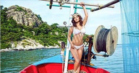 Sunny Leone Sizzles in Dabboo Ratnani Calendar