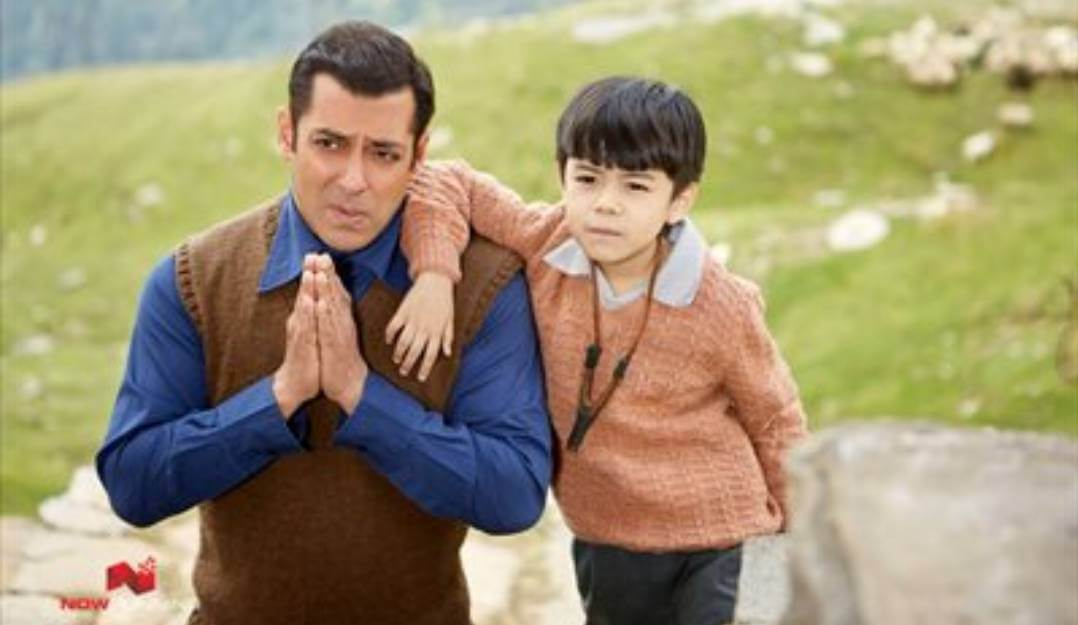 Tubelight review. Salman Khan steals the show.