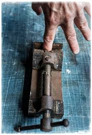 Try not to have a grip like this... it's really not fun!