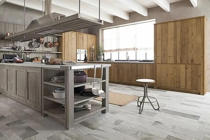 Maestrale il nuovo sistema cucine in abete massello di Scandola  Social Design Magazine