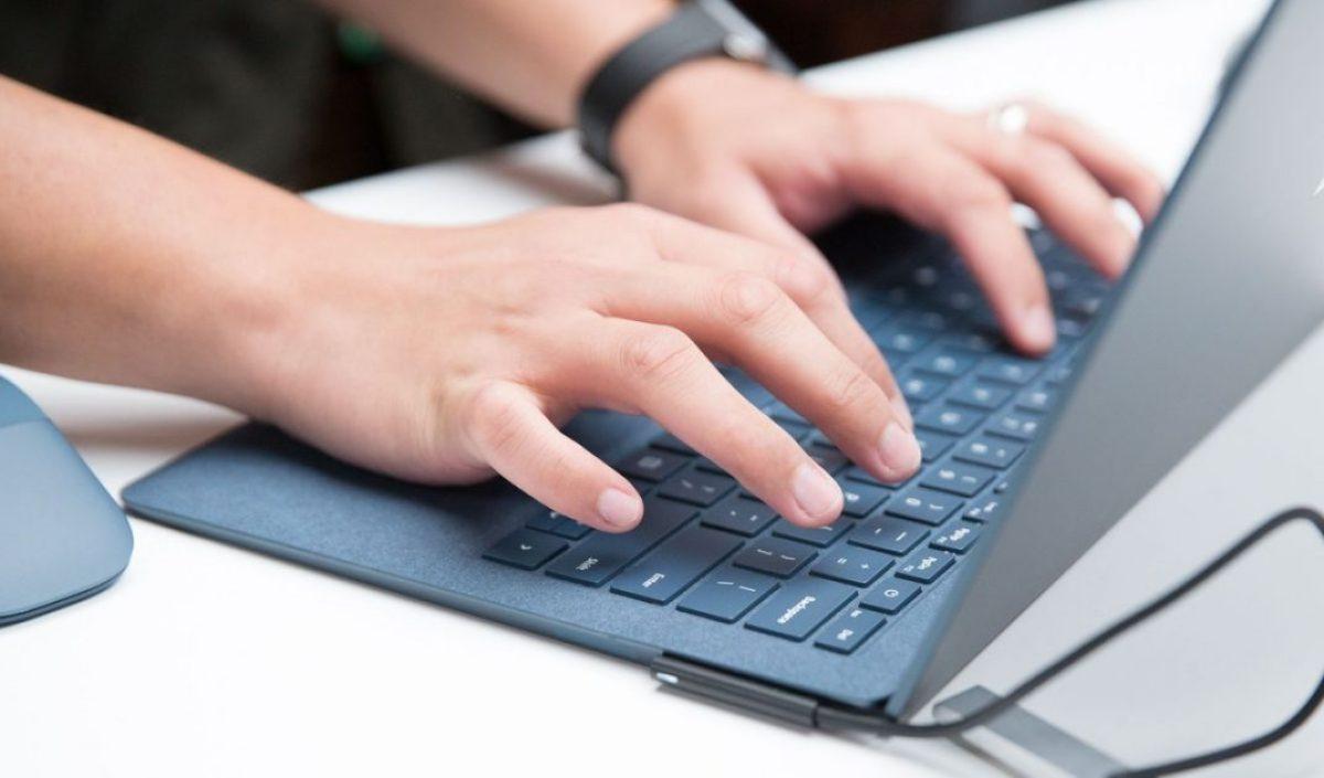 Microsoft Surface tastatura