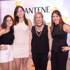 Amalia del Toro, Maite del Toro, Dashira Martínez y Ana del Toro