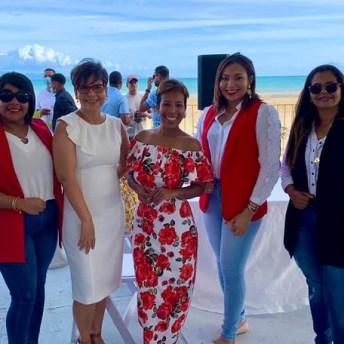 Viryi Baldera, Wendy Infante, Milka Hernández, Amelia Reyes y Cinthia Martínez
