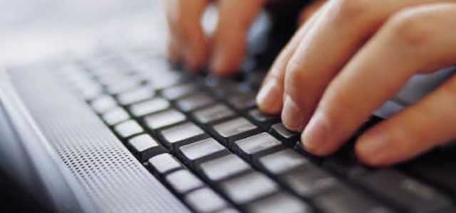 1 manos teclado