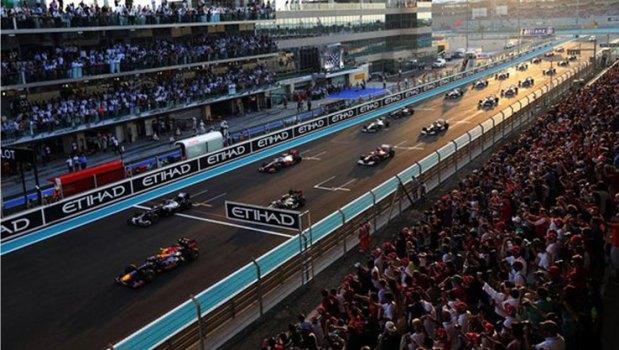F1-Auto-Racing-dubai–social-magazine