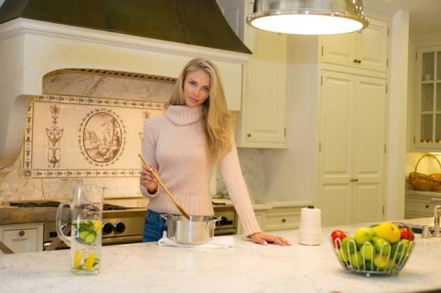 chef taylor erickson-cooking (1)