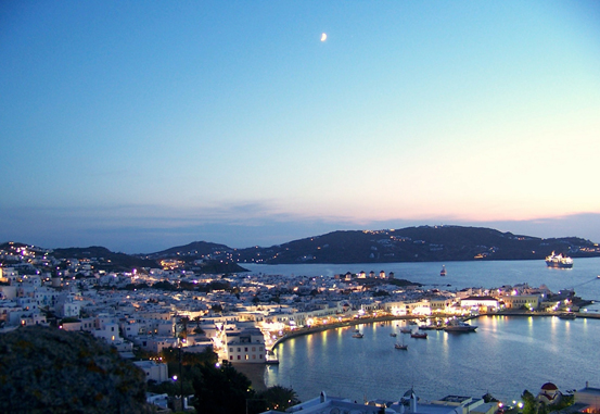 The Best of Mykonos for Honeymooners