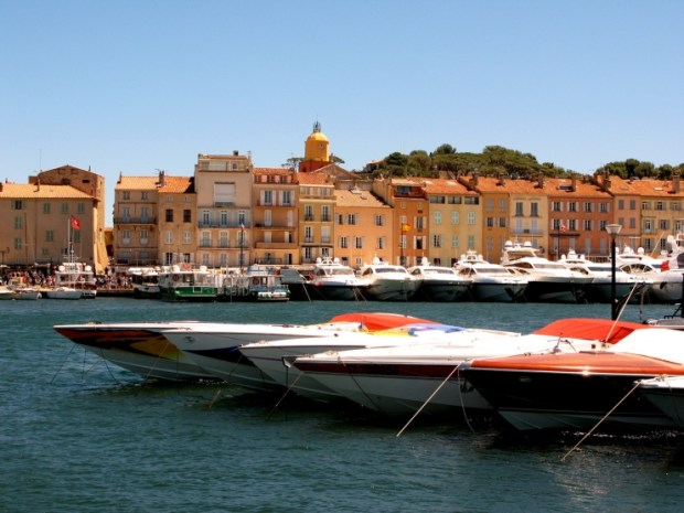 St Tropez Bagatelle beach