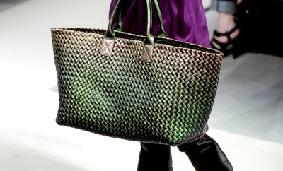 bottega-veneta-hand-bags