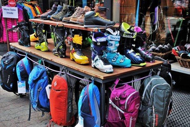 shoes-3316260_640