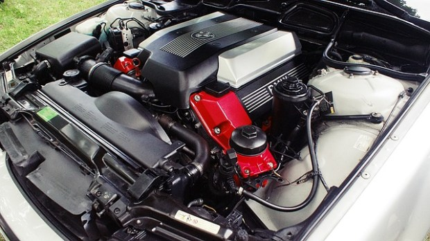 motor-4360380_640