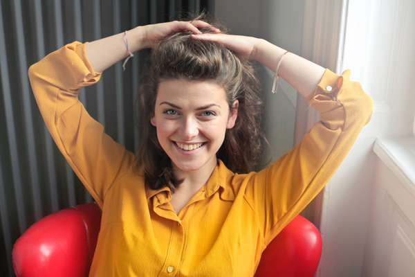 woman-wearing-yellow-button-up-long-sleeved-dress-shirt-774095