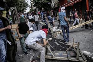 Street fighting in Cirze