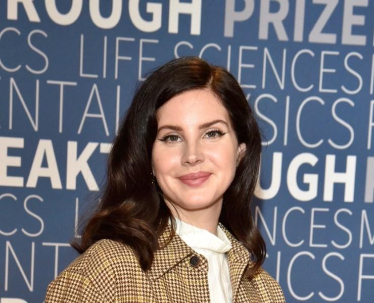 Lana Del Rey at the 2019 Breakthrough Prize - Red Carpet